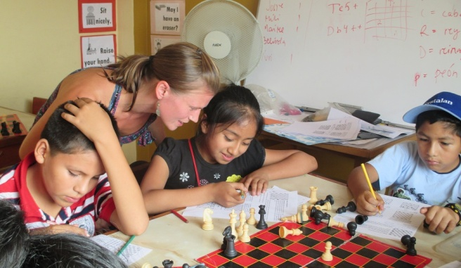 Chess_with_kids